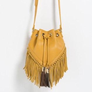 Bolso de Zara, imagen vía página web de Zara