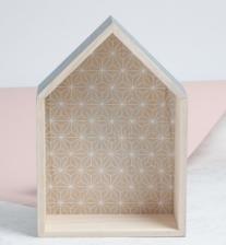 Caja de madera, vía web Stradivarius