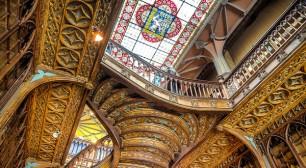 Librería Lello, vía www.elviajerofeliz.com