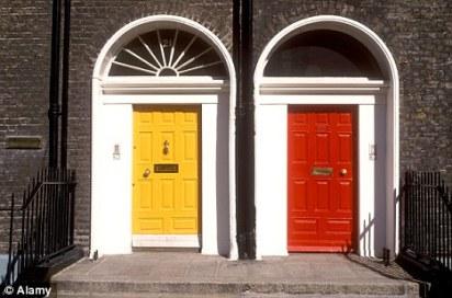 Puertas de colores típicas de dublín, imagen de la página web de Dailymail